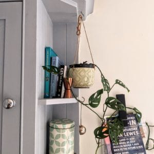 Hanging green & cream ceramic plant pot