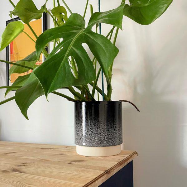 Black & White 17cm Planter